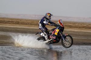 Marc Coma lidera o Mundial de Rally