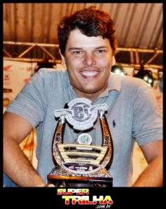 O mineiro Túlio Malta confirmou o favoritismo e venceu as duas etapas do Brasileiro. Ele lidera a competição com 50 pontos.