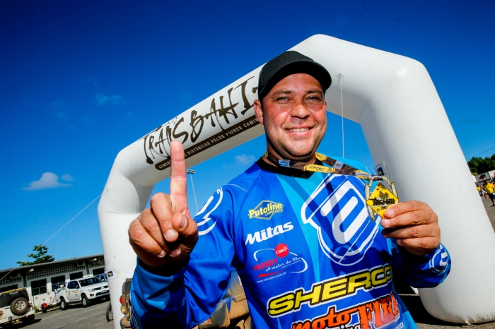 Jomar vence o Transbahia e amplia liderança no campeonato - Foto: Haroldo Nogueira