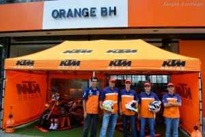 Guto Constantino com a Equipe Orange BH KTM Racing
