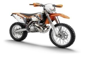 KTM 300 EXC tem preço público sugerido de R$ 39.690,00 - Crédito: Divulgação/KTM do Brasil