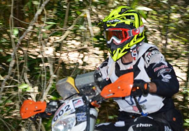 O capixaba Jomar Grecco venceu os dois dias de prova e se consolida na liderança do Campeonato - Crédito: Janjão Santiago
