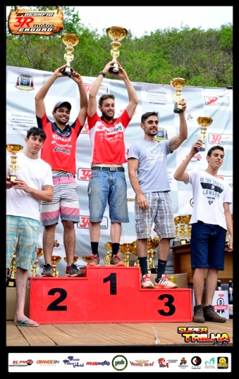 podio Cat Junior EJ